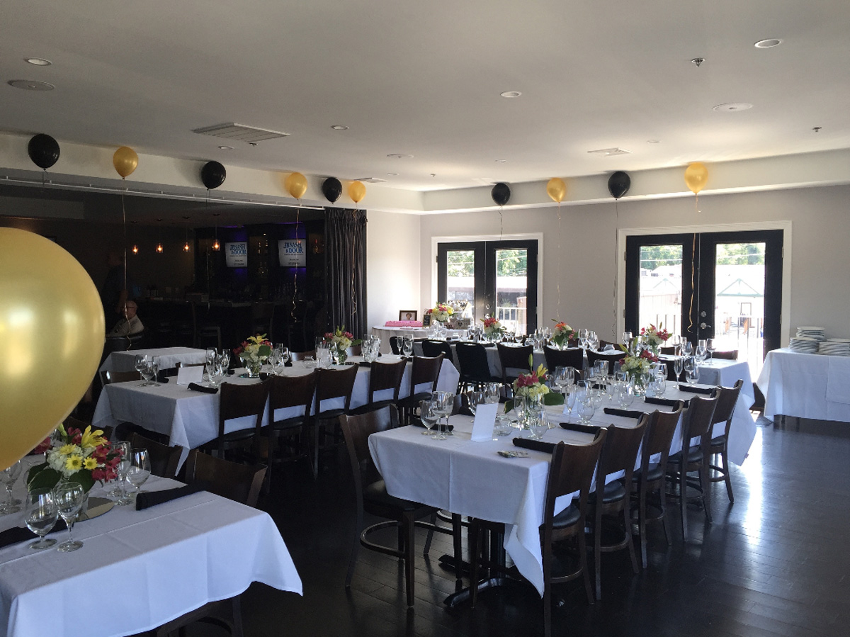 Book Our Banquet Room Today: Fall River, MA  Mesa 6